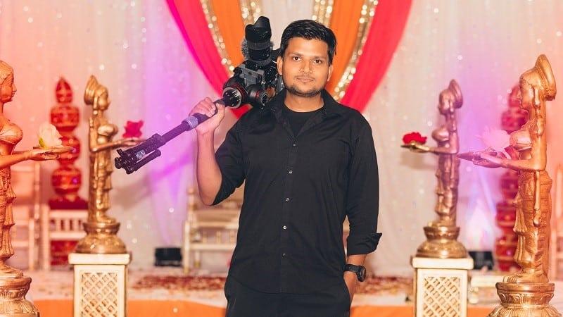 camera man wedding