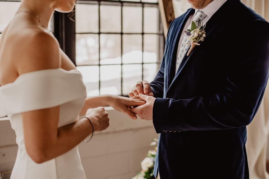 exchanging rings vows