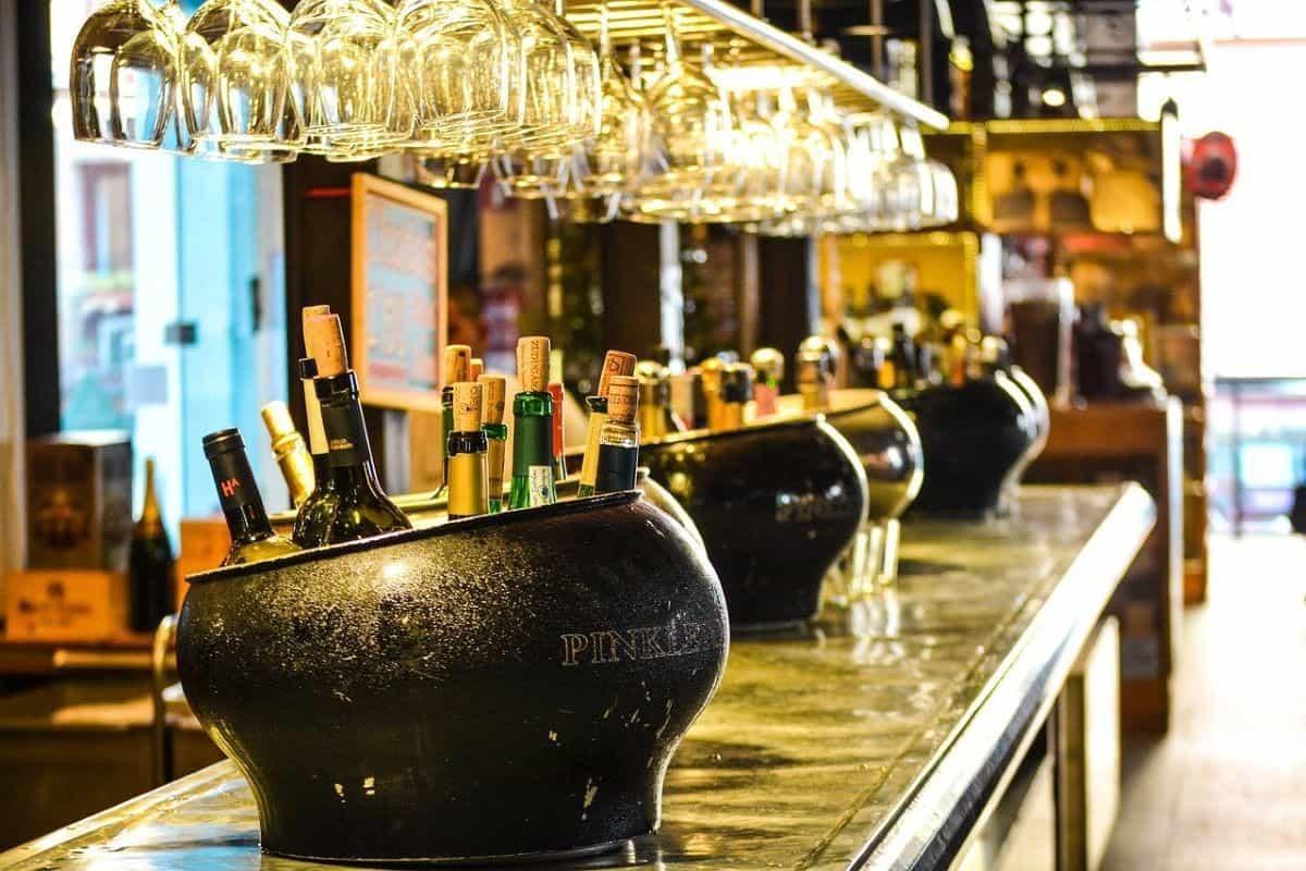 alcohol bar