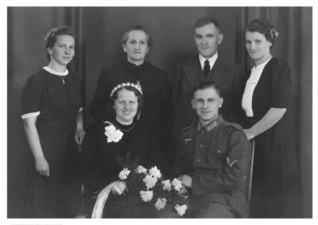 history vintage wedding
