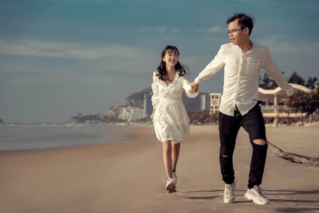 seaside couple