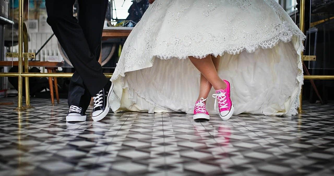 sneakers bride groom
