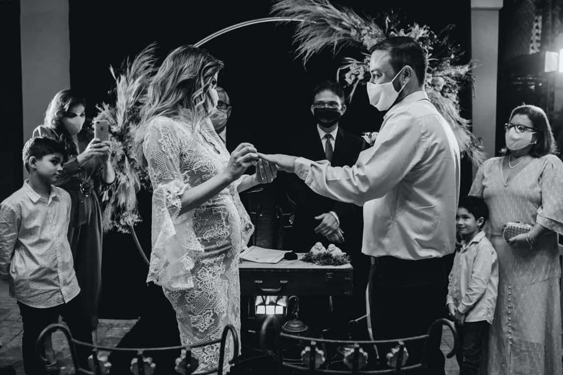 monochrome couple wedding