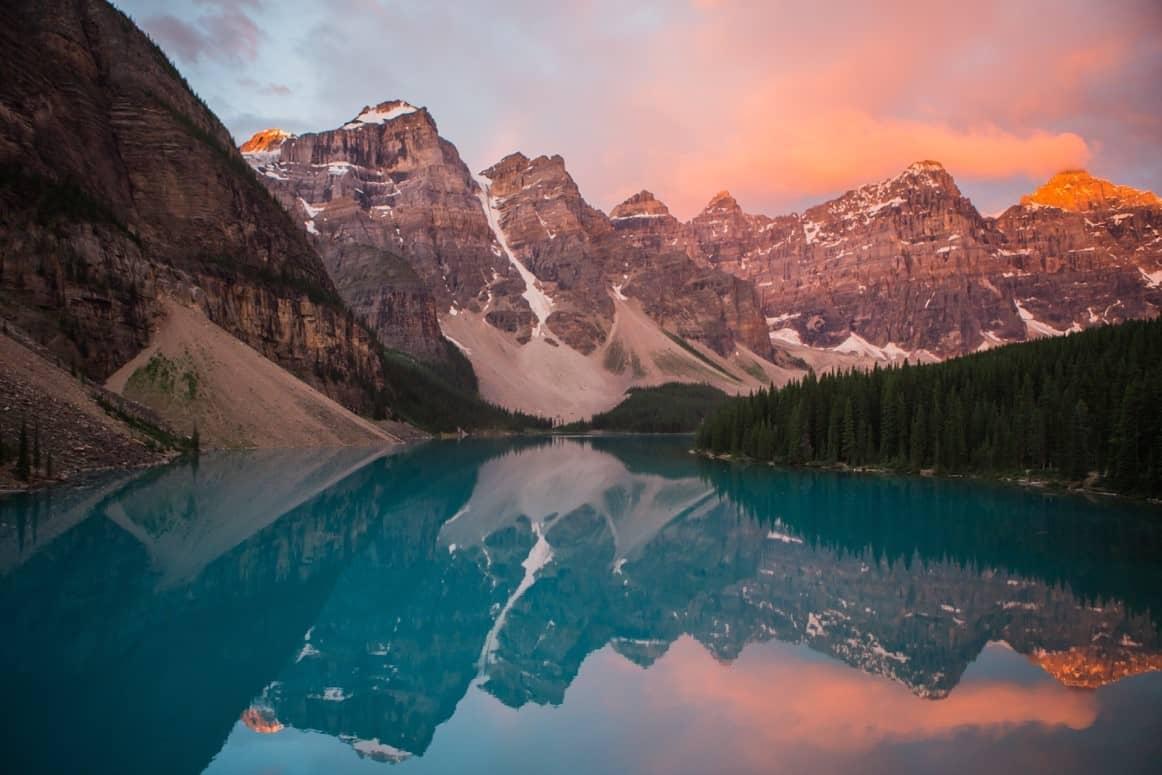 mountain range canada