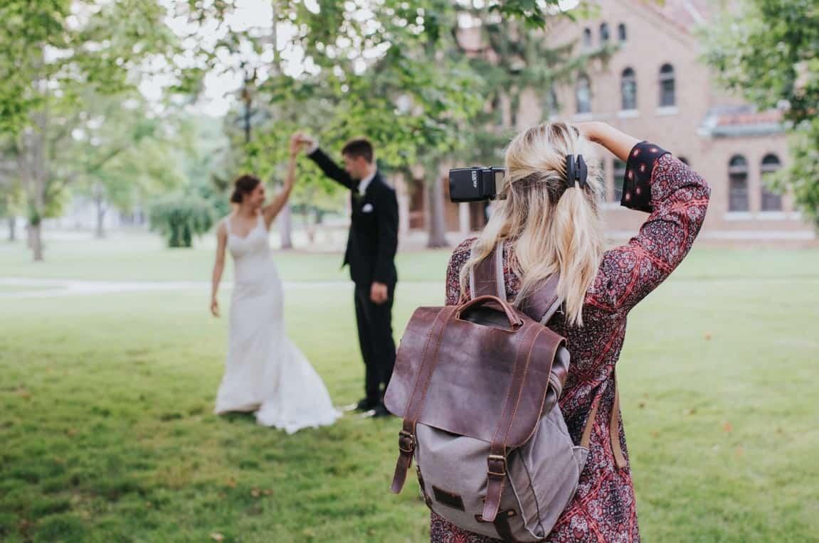 couple dancing-photoshootcouple dancing photoshoot