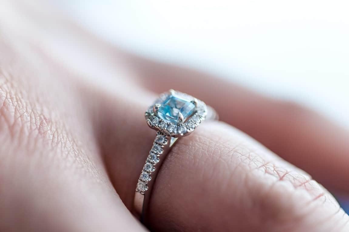 pave ring closeup