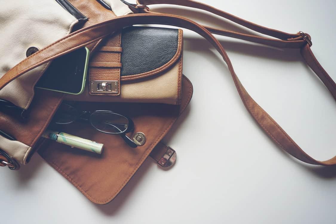 bag personal belongings