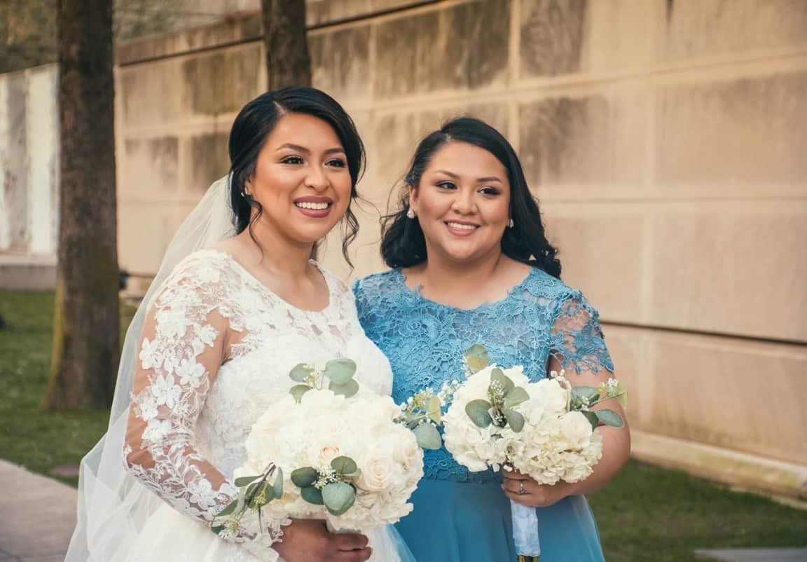 siblings before wedding